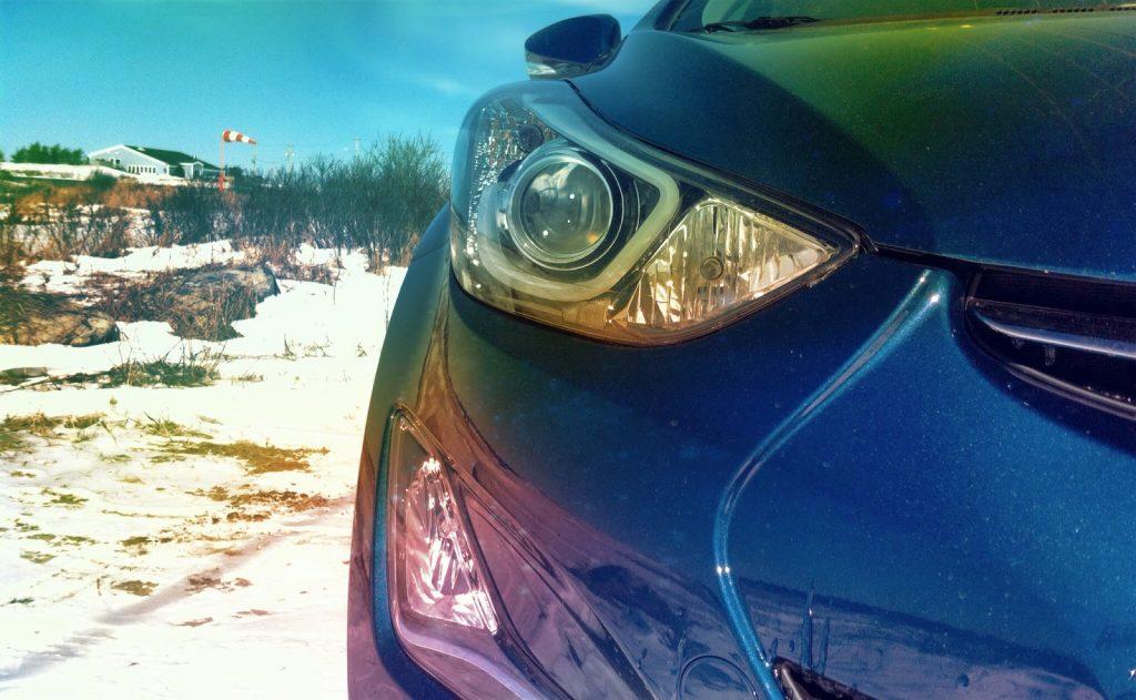 2014 Hyundai Elantra headlight