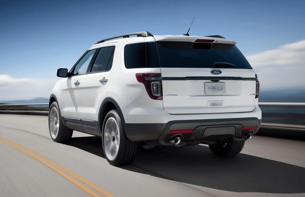 2013 Ford Explorer Sport white