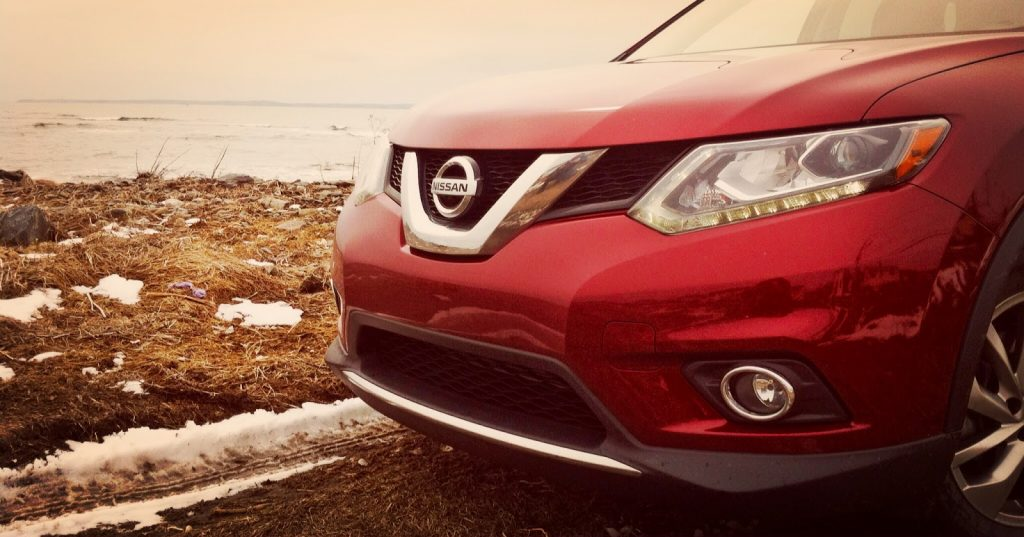 2014 nissan Rogue grille headlights
