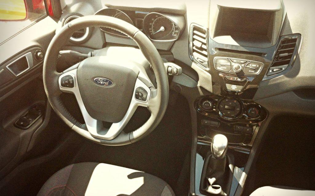 2014 Ford Fiesta SE interior