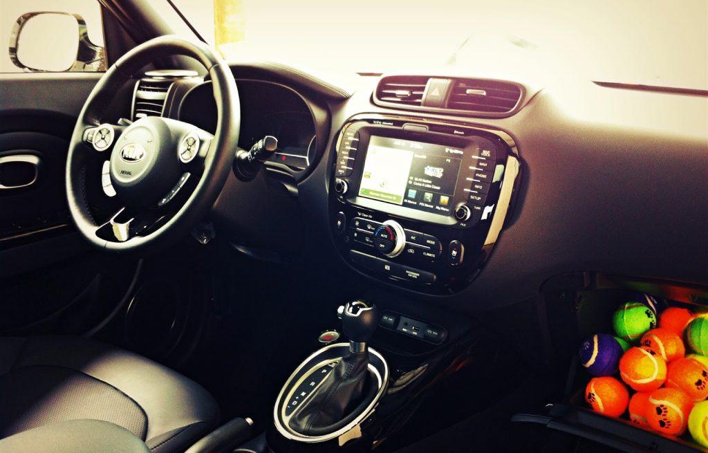 2014 Kia Soul SX Luxury interior
