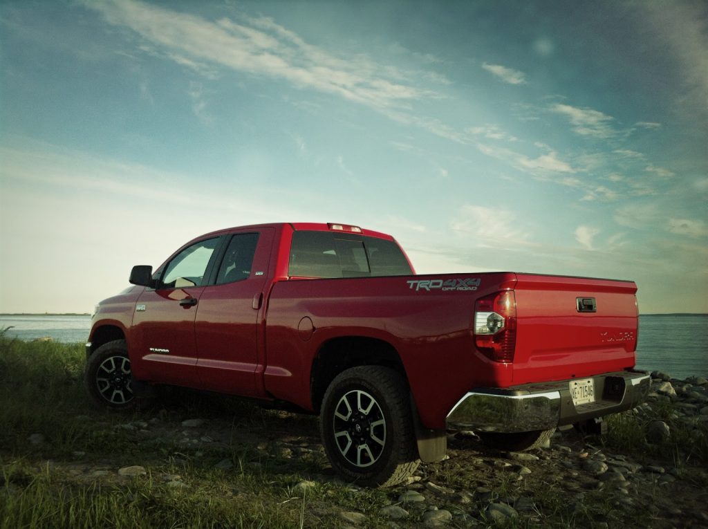 2014 Toyota Tundra double cab red