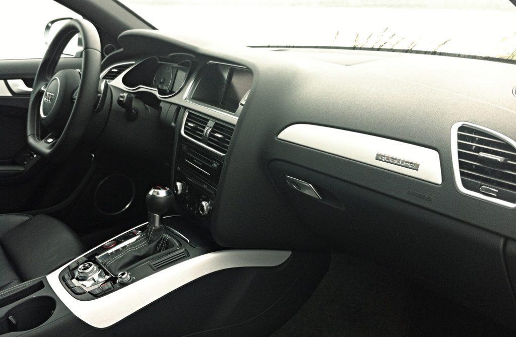 2014 Audi S4 Technik interior