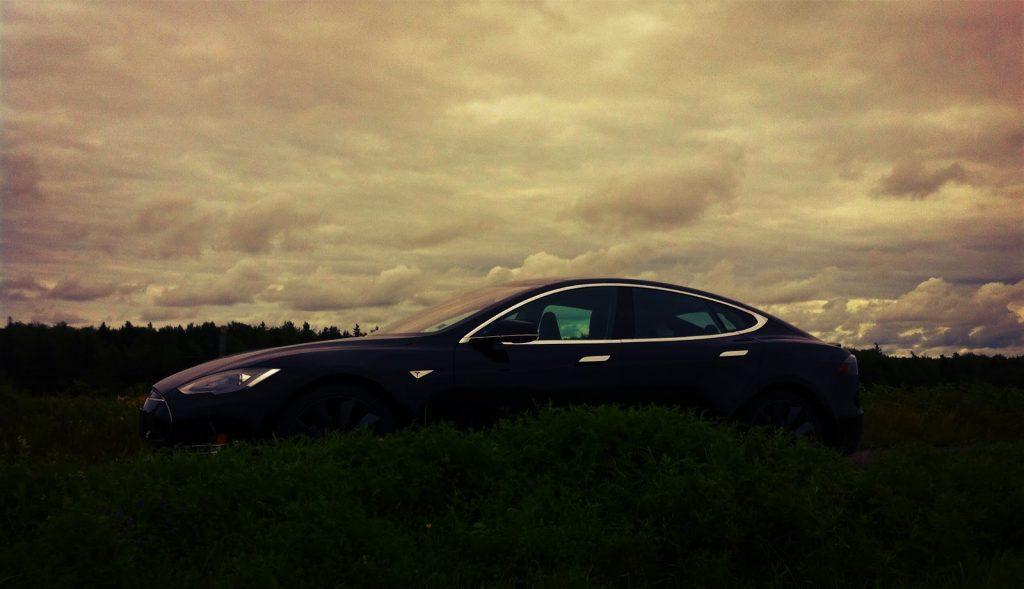 2013 Tesla Model S P85 Silhouette