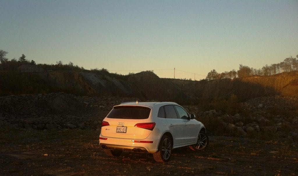 2014 Audi SQ5 rear view