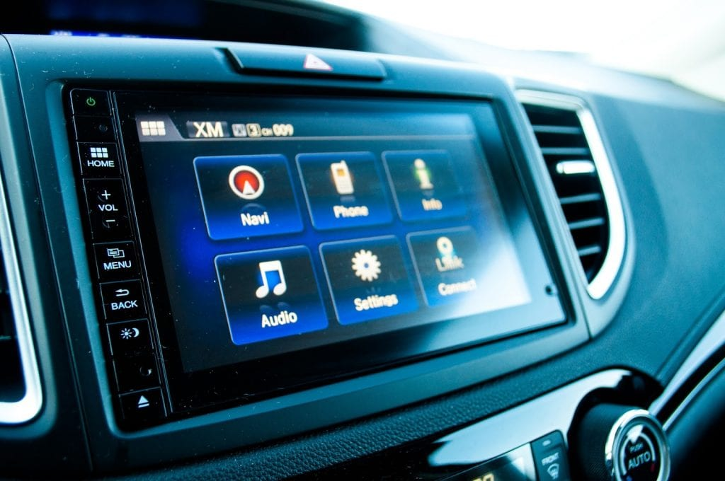 2015 Honda CR-V Touring touchscreen
