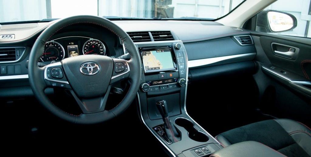 2017 Toyota Camry Xse Interior