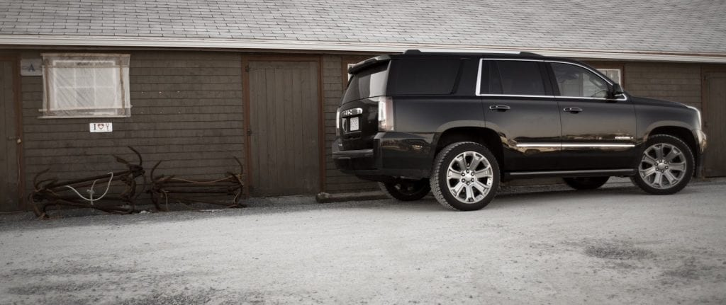 2015 GMC Yukon Denali side view