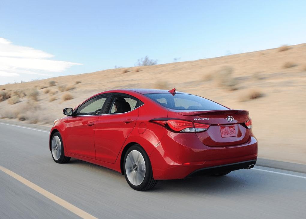2014 Hyundai Elantra sedan red