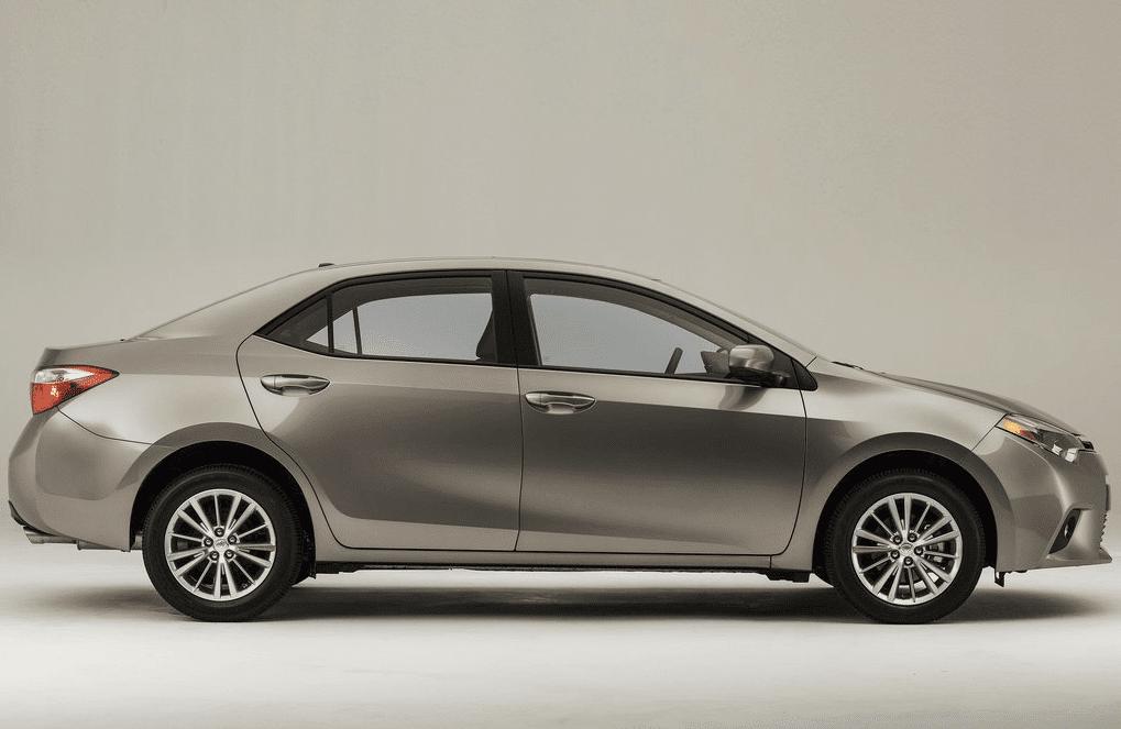 2015 Toyota Corolla beige