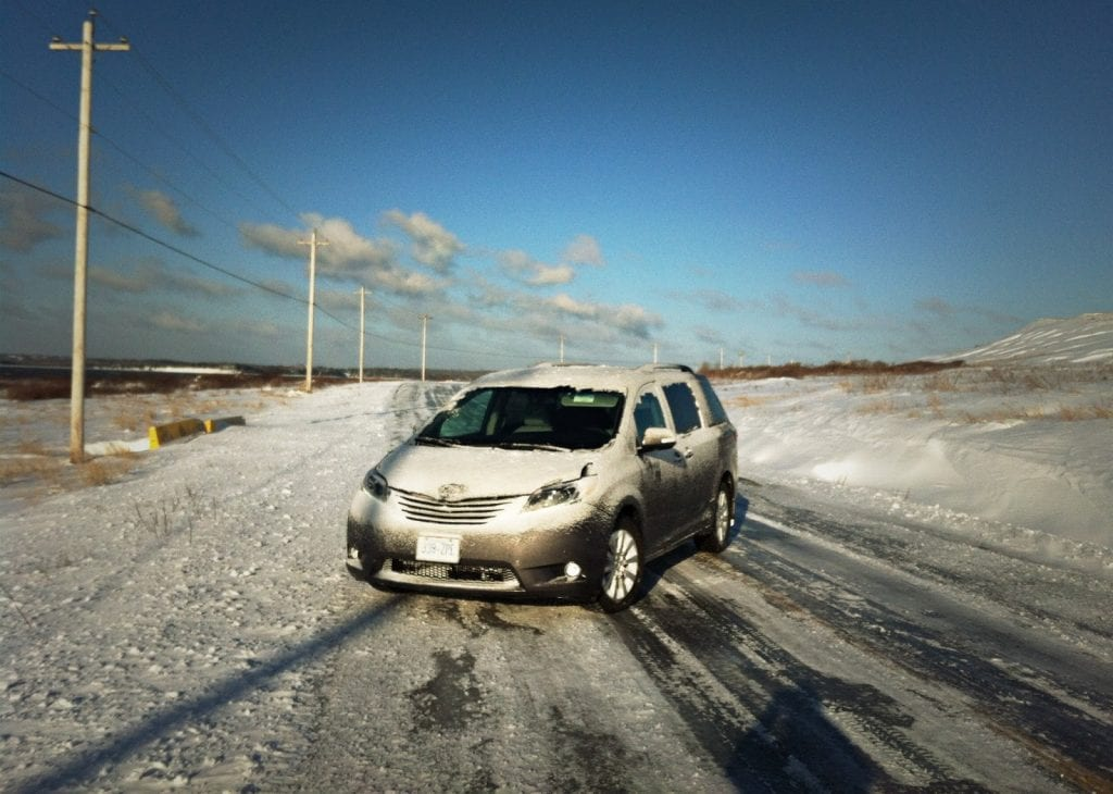 2015 Toyota Sienna AWD winter