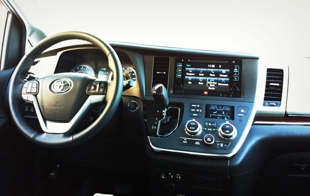 2015 Toyota Sienna XLE Limited interior