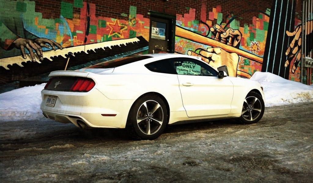 2015 Ford Mustang V6 oxford white