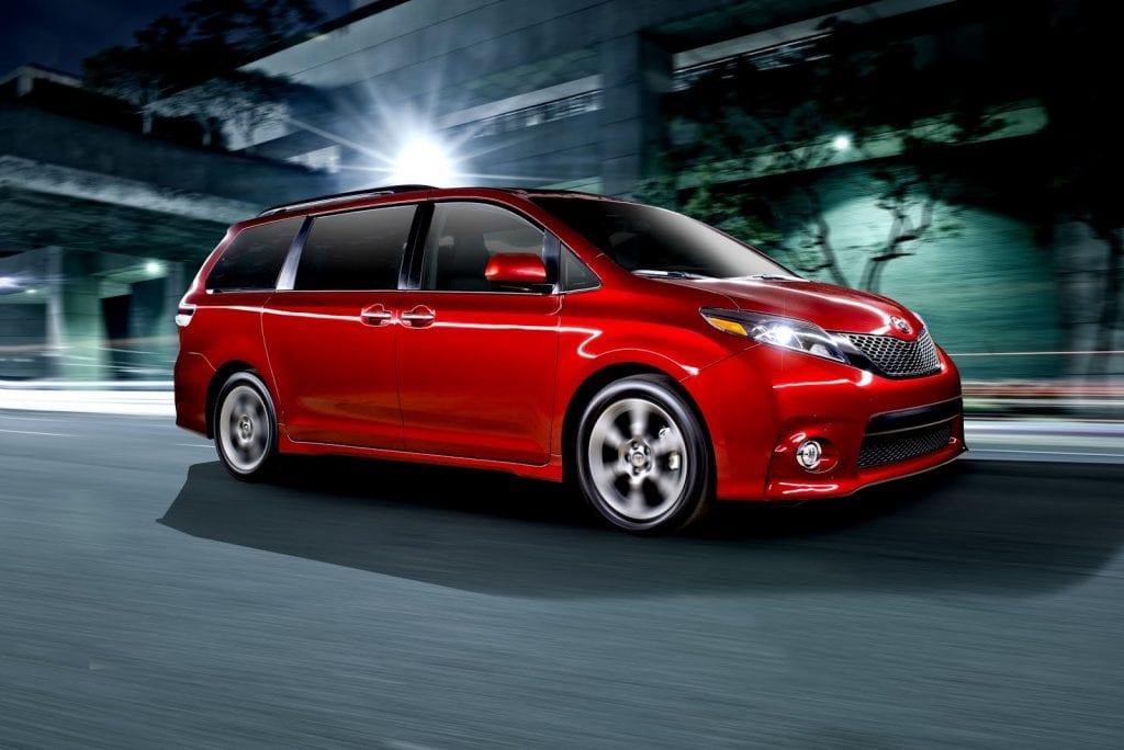 2015 Toyota Sienna SE red