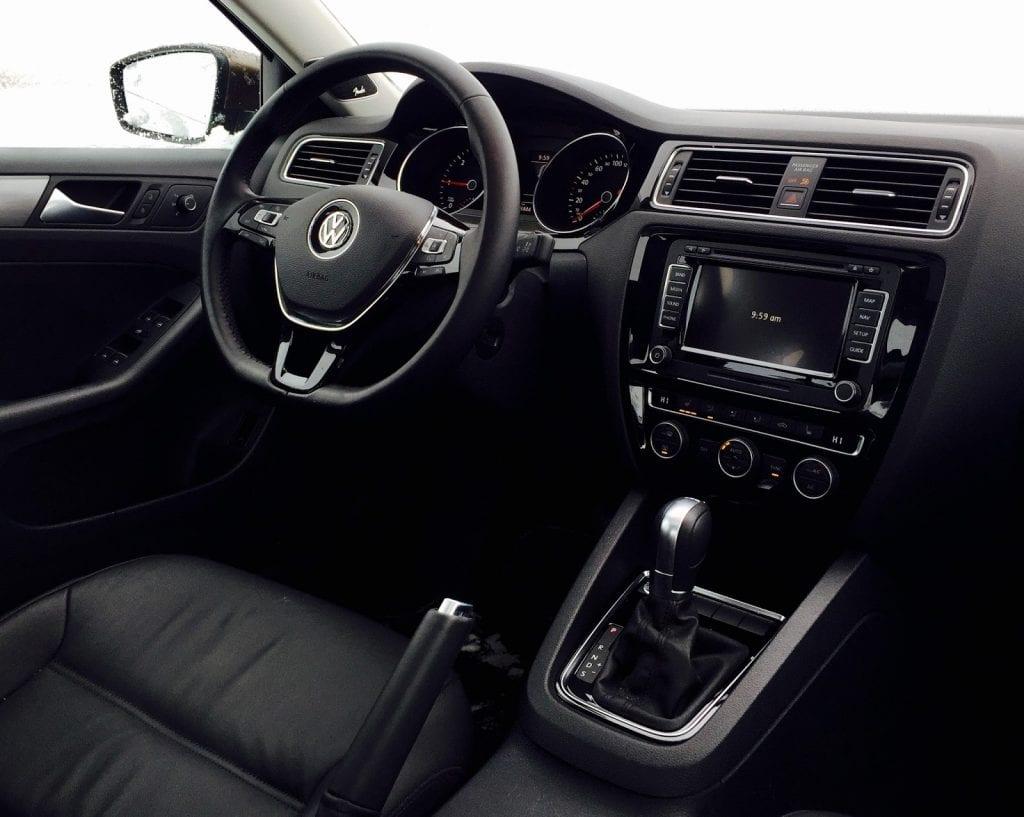 2015 Volkswagen Jetta Highline interior