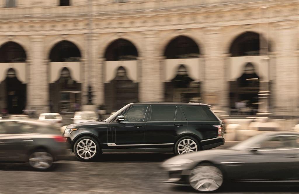 2015 Land Rover Range Rover black