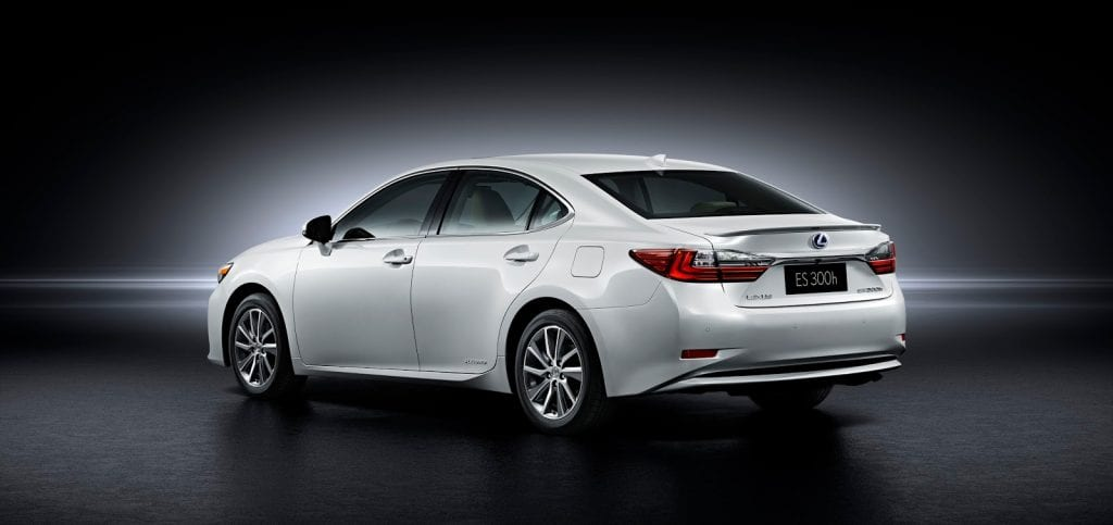 2016 Lexus ES sedan rear white