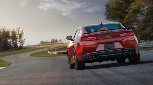 2016 Chevrolet Camaro SS red rear