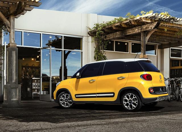 2014 Fiat 500L yellow