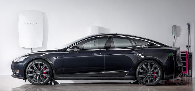2015 Tesla Model S Powerwall charger
