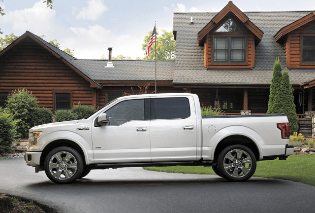 2015 Ford F-150 crew cab limited white