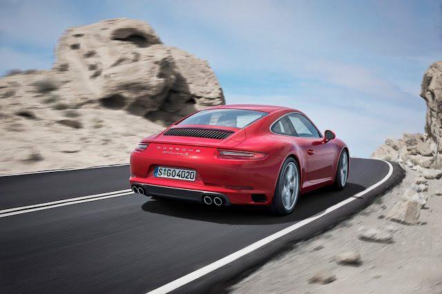 2017 Porsche 911 Carrera s rear