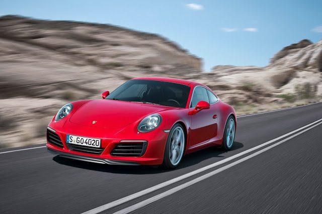 2017 Porsche 911 Carrera S red front