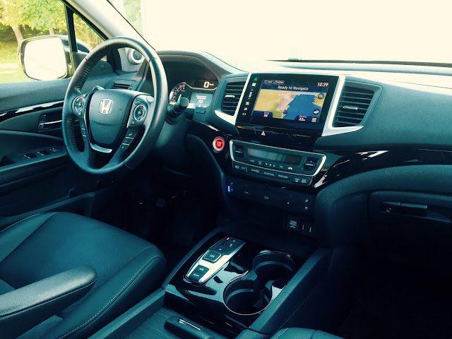 2016 Honda Pilot Touring interior