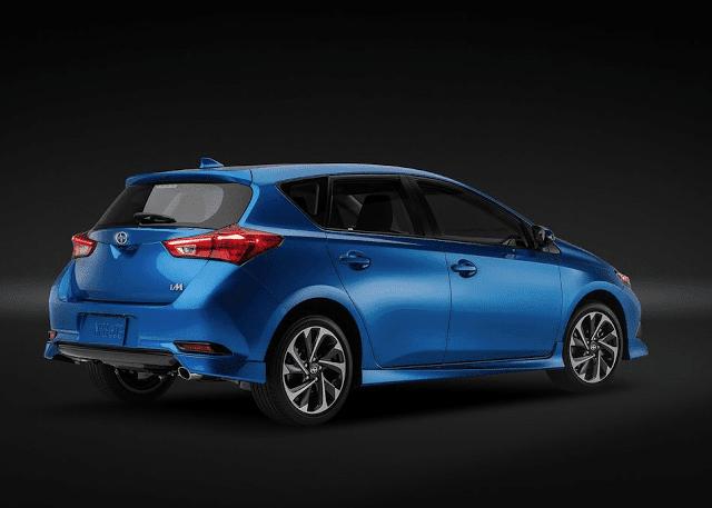 2016 Scion iM rear blue