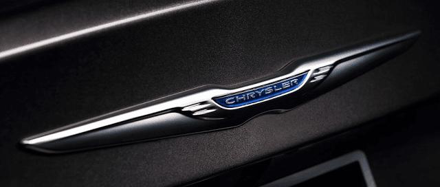 Chrysler 200 logo