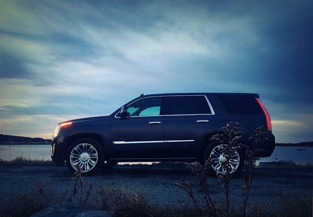 2016 Cadillac Escalade side profile