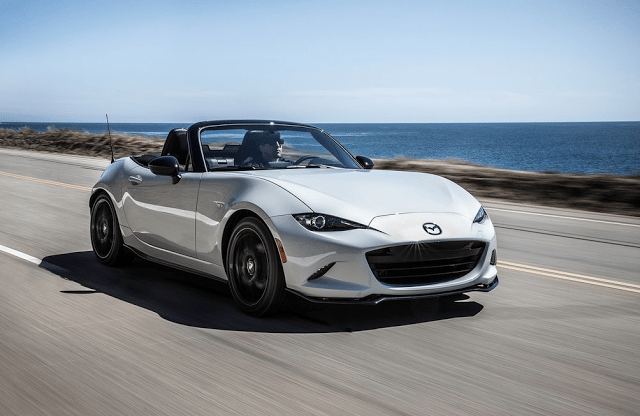 2016 Mazda MX-5 Club Miata white