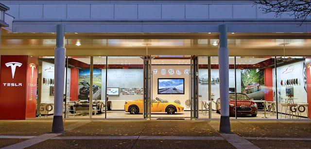 Tesla Store Oakbrook