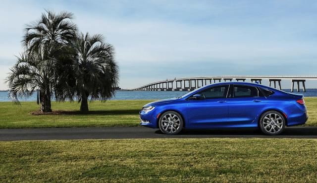 2015 Chrysler 200 S blue profile