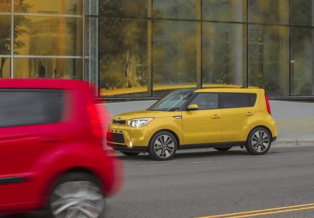 2015 Kia Soul yellow