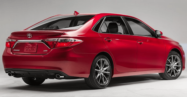 2015 Toyota Camry XSE V6 red rear