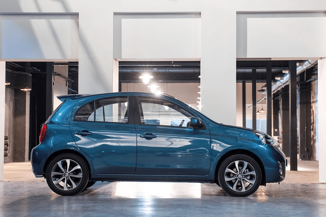 2015 Nissan Micra blue