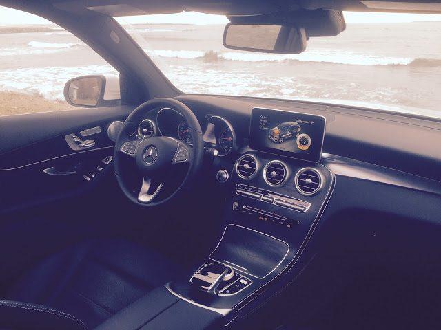 2016 Mercedes-Benz GLC300 interior
