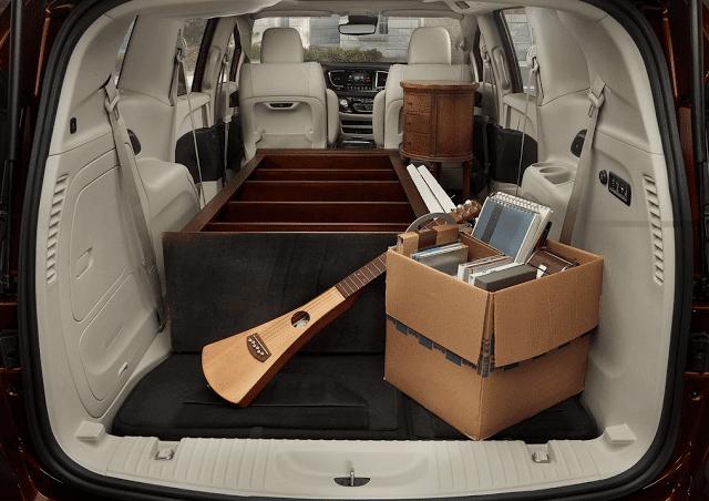 2017 Chrysler Pacifica cargo area
