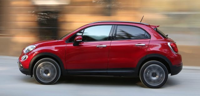 2015 Fiat 500X red