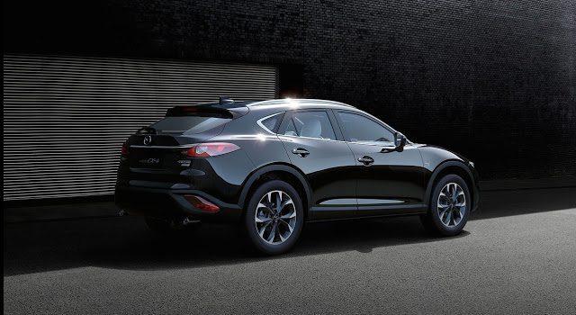 2017 Mazda CX-4 rear