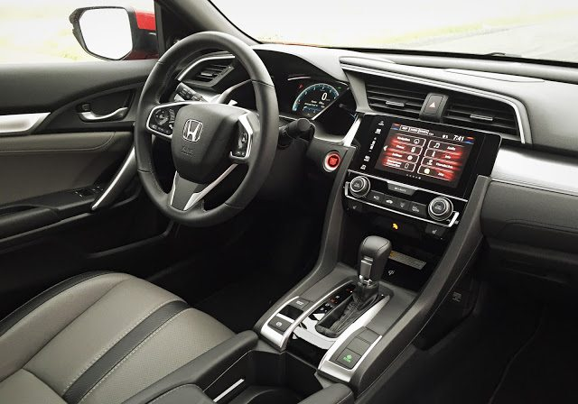 2016 Honda Civic Coupe Touring interior