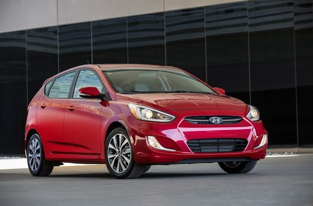 2016 Hyundai Accent hatchback red