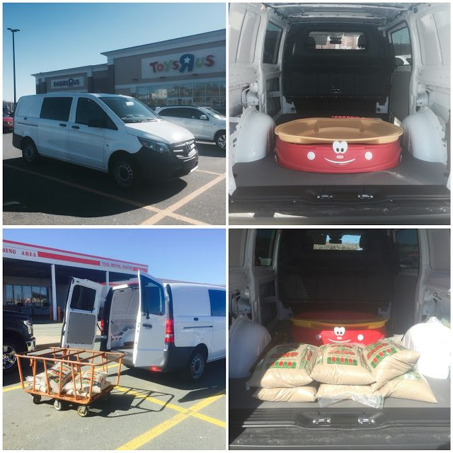 2016 Mercedes-Benz Metris cargo collage