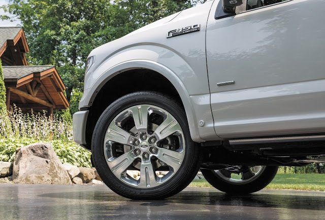 2015 Ford F-150 Limited wheel