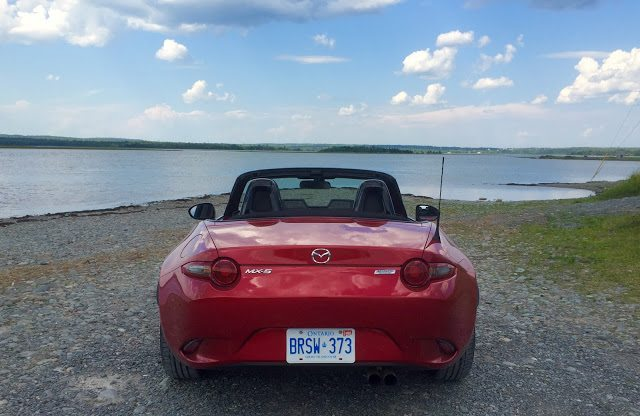 2016 Mazda MX-5 Miata rear soul red
