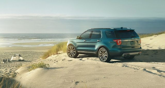 2016 Ford Explorer blue