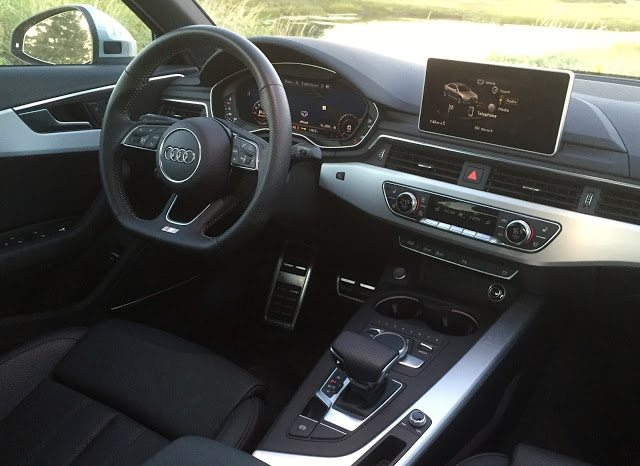 2017 Audi A4 Technik interior