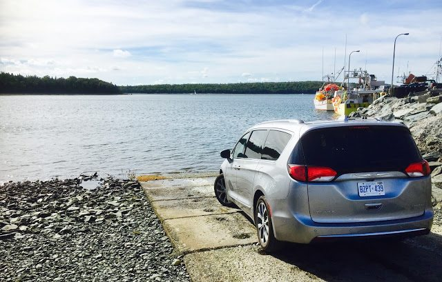 2017 Chrysler Pacifica Fisherman's Cove