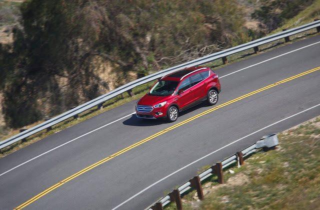 2017 Ford Escape red